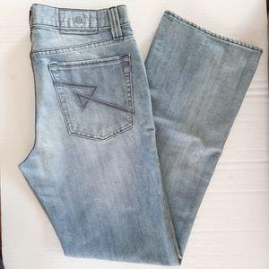 Rock & Republic Light Wash Straight Leg Jeans